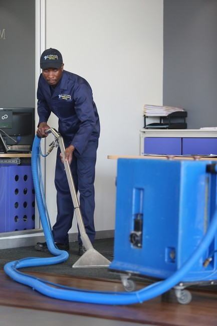 Cleaning Africa Services use the latest cleaning machines
