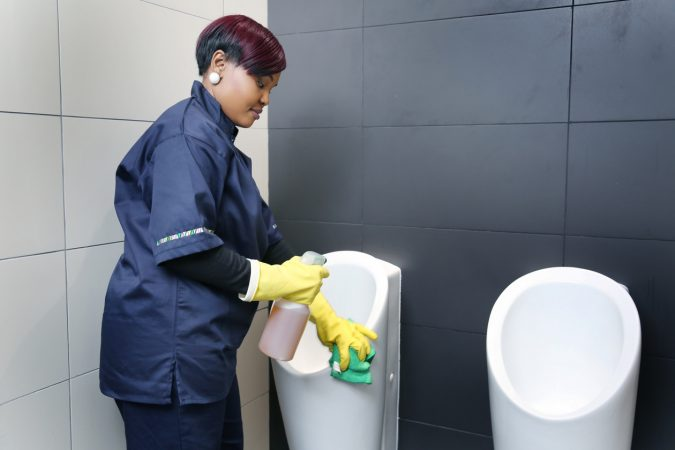 Introduction to Cleaning Course: Bathroom Cleaning